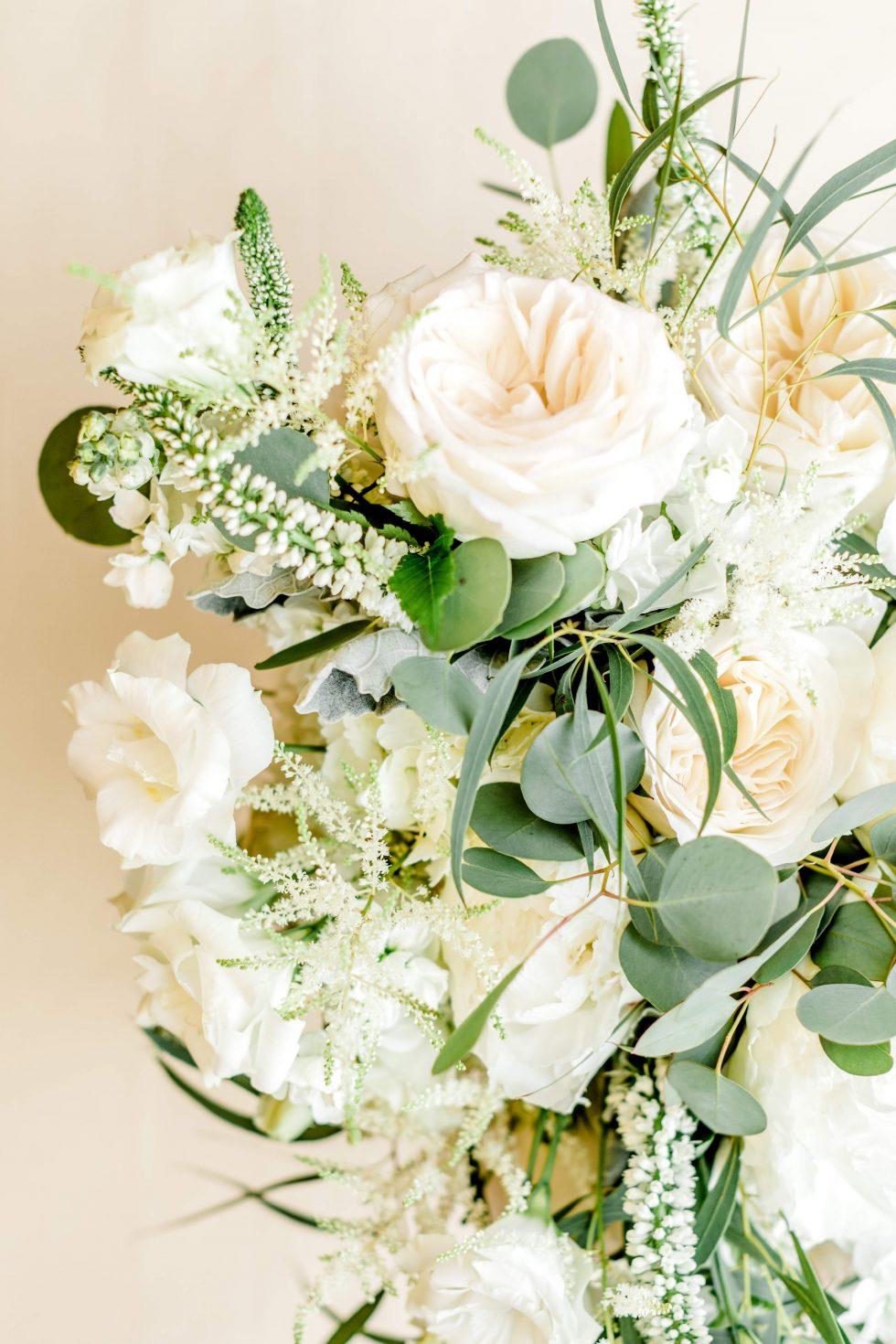 Barn-at-Reynolda-Champagne-Garden-Wedding004