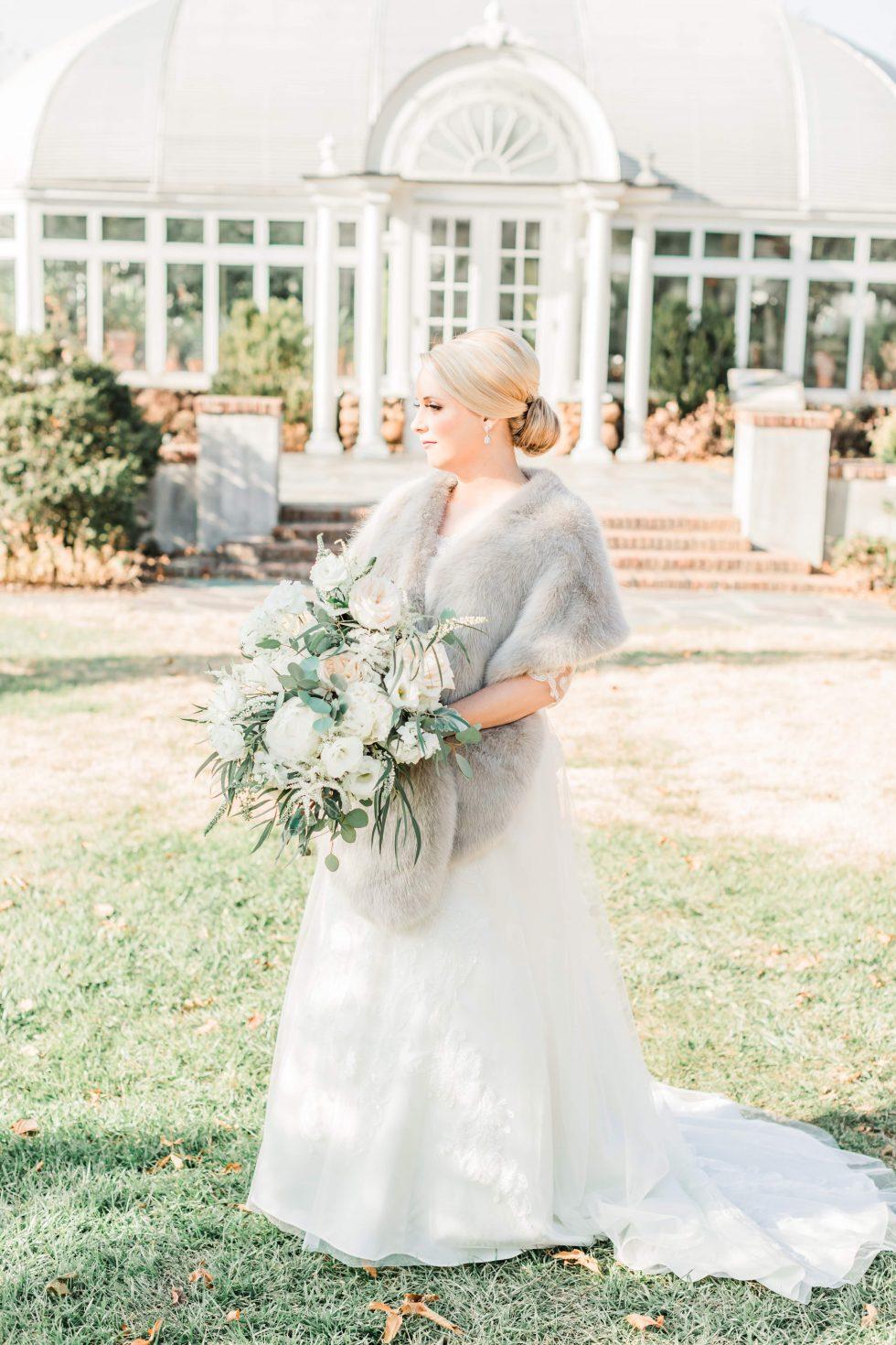 Barn-at-Reynolda-Champagne-Garden-Wedding006