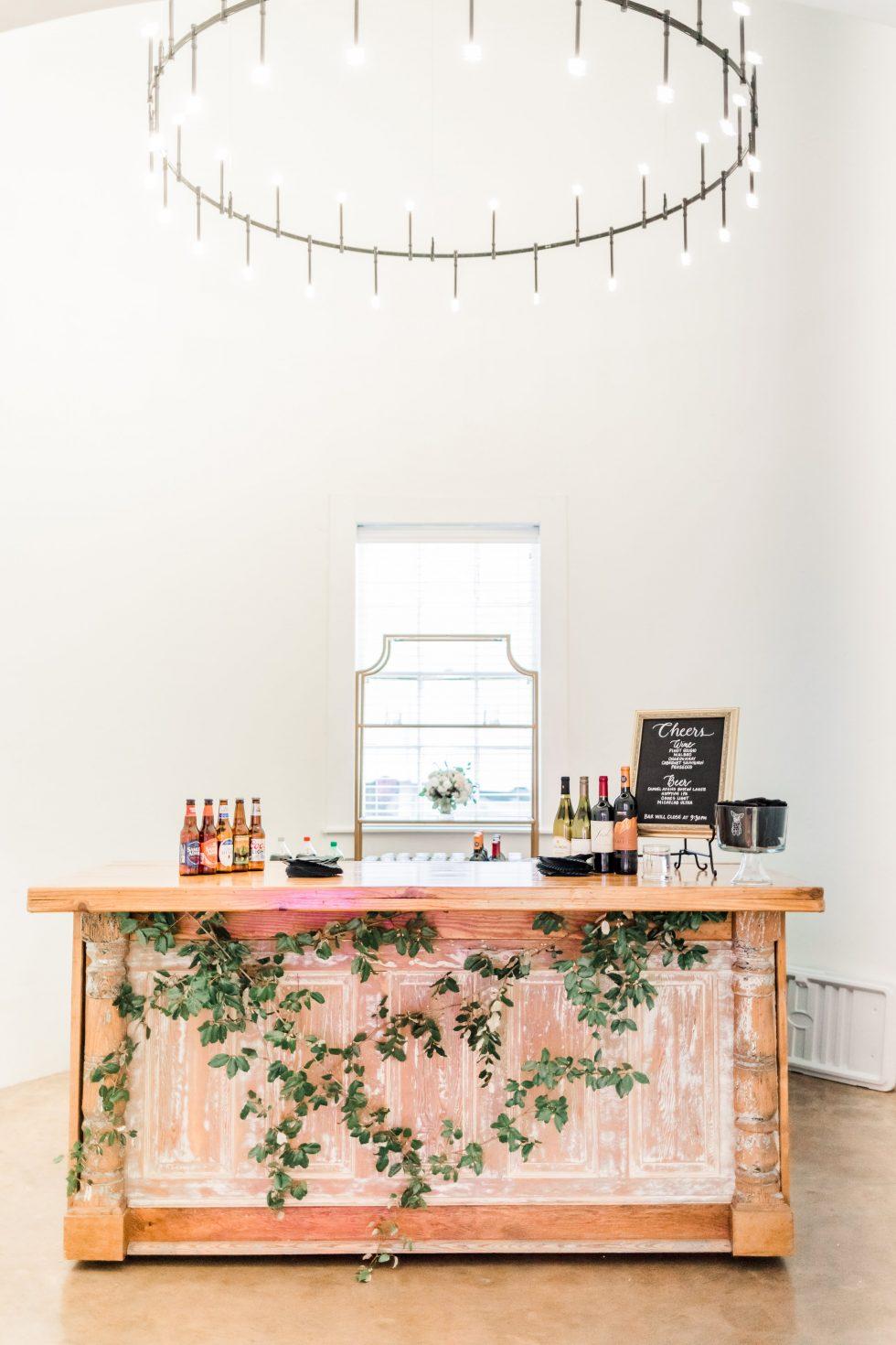 Barn-at-Reynolda-Champagne-Garden-Wedding007