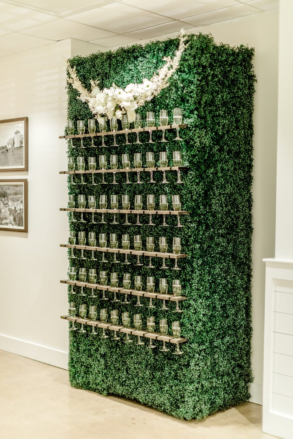 Barn-at-Reynolda-Champagne-Garden-Wedding018