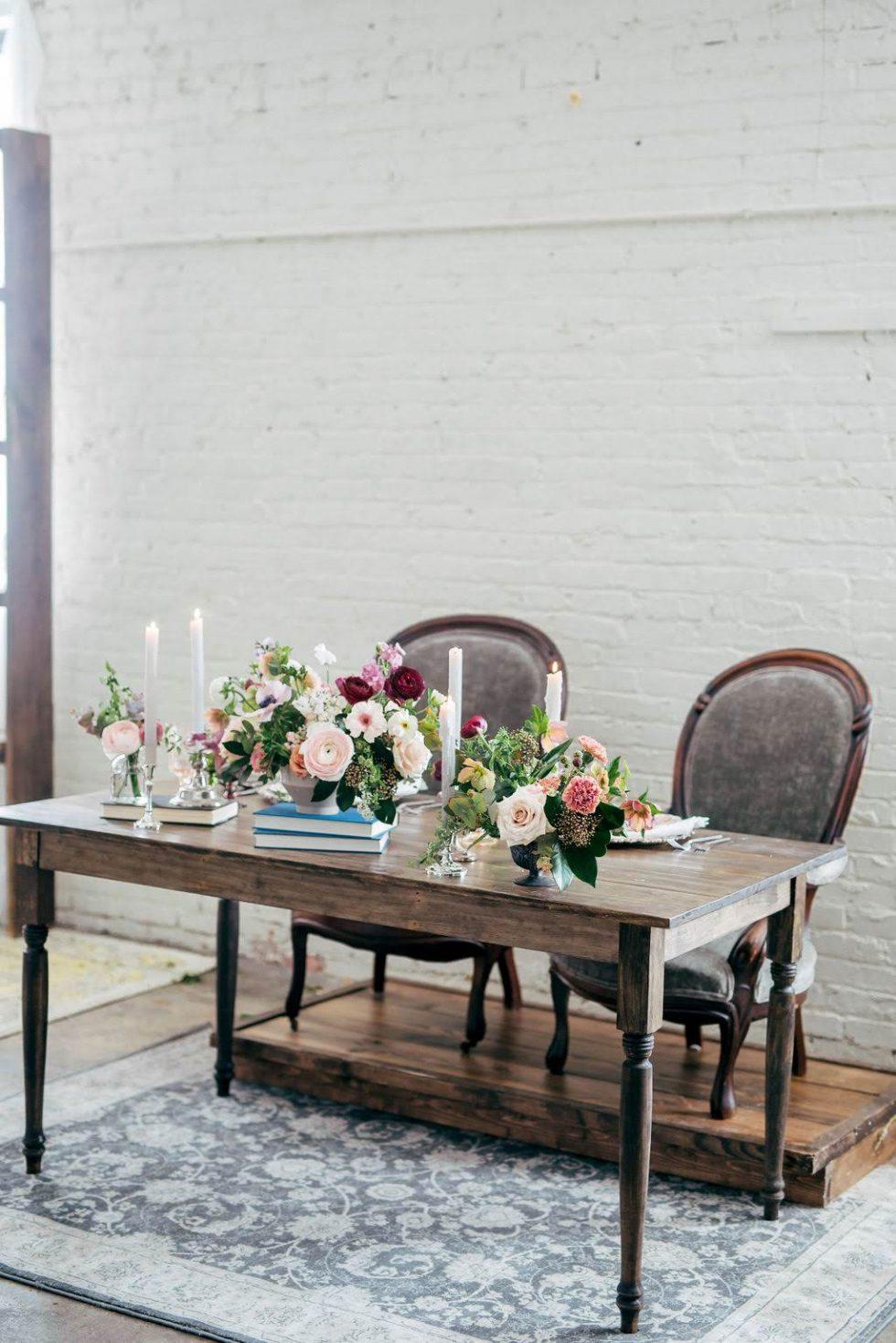 North-Carolina-Sweetheart-Table-Velvet-Lounge002