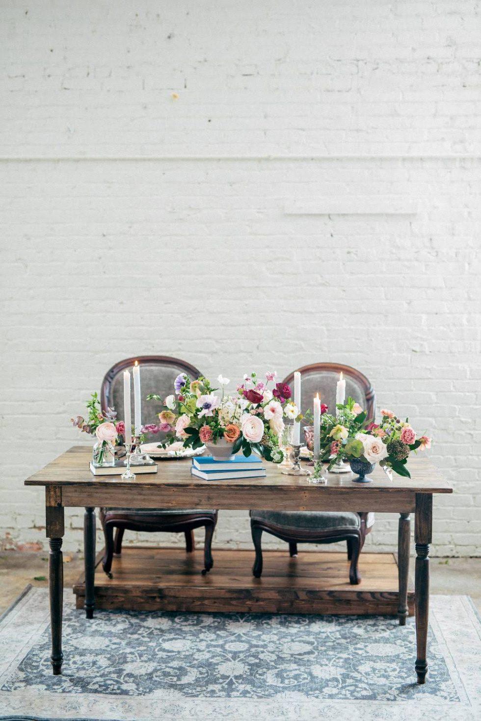 North-Carolina-Sweetheart-Table-Velvet-Lounge015