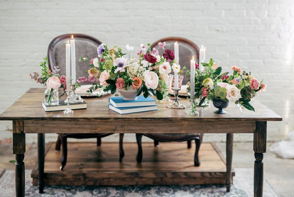 North-Carolina-Sweetheart-Table-Velvet-Lounge033