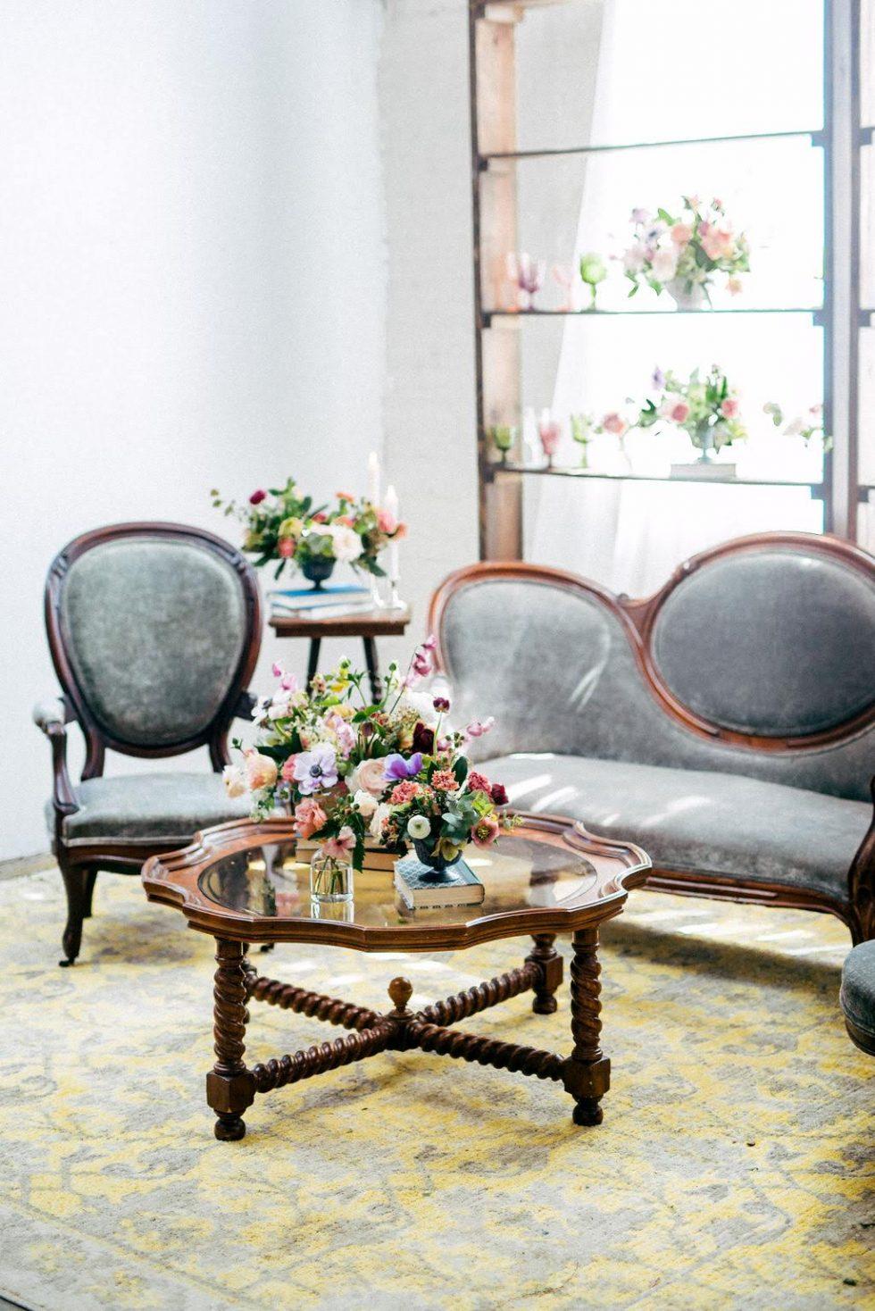 North-Carolina-Sweetheart-Table-Velvet-Lounge036