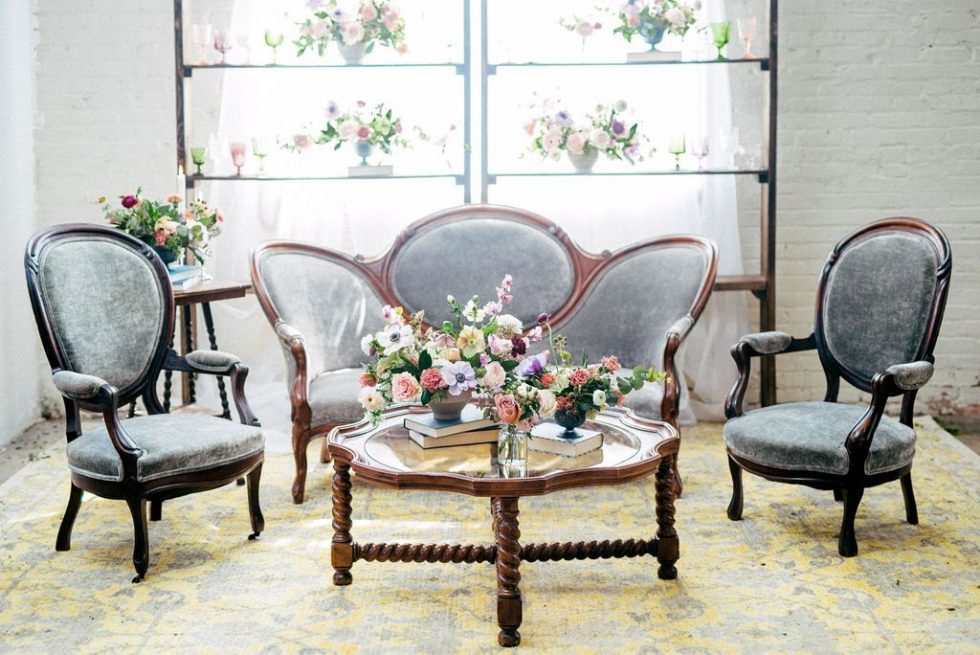North-Carolina-Sweetheart-Table-Velvet-Lounge044