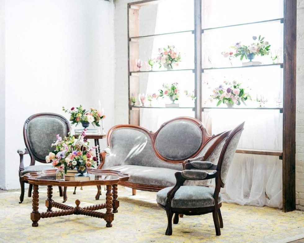 North-Carolina-Sweetheart-Table-Velvet-Lounge057
