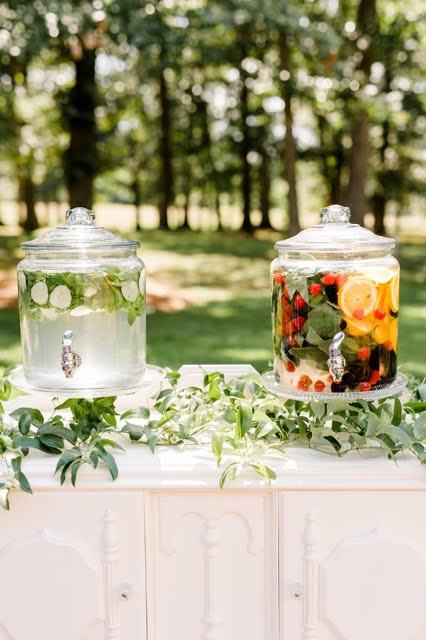 Outdoor-Barn-Wedding-North-Carolina002