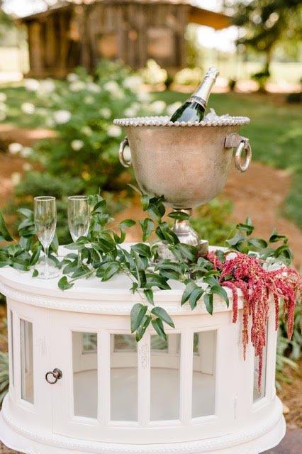 Outdoor-Barn-Wedding-North-Carolina010
