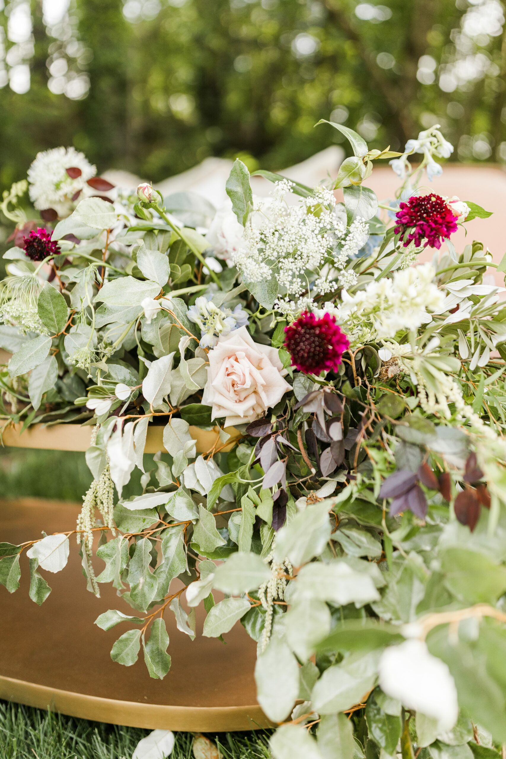 Romantic-Outdoor-Spring-Wedding-McAlister-Leftwich-House-30
