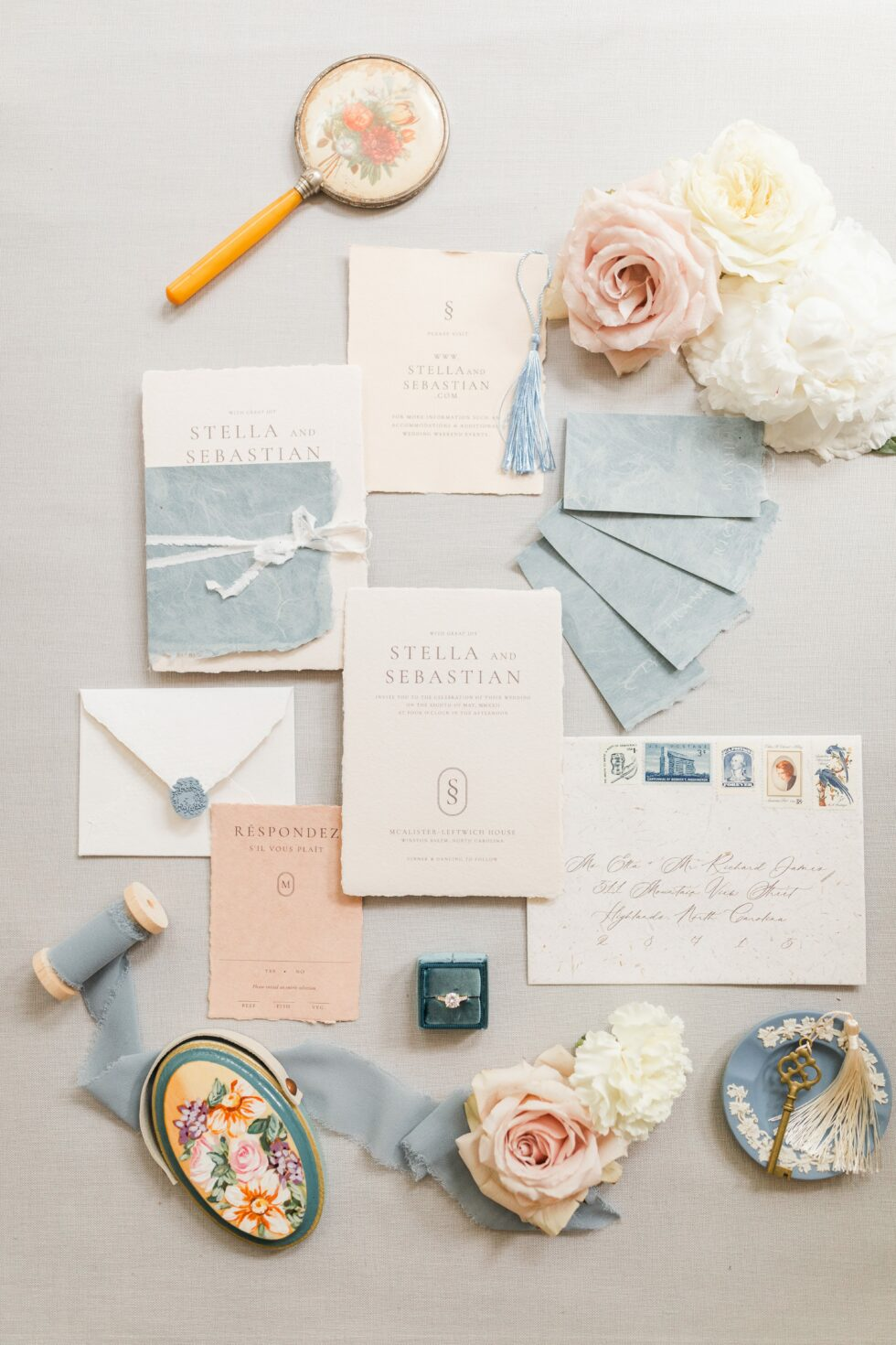 Romantic-Outdoor-Spring-Wedding-McAlister-Leftwich-House-34