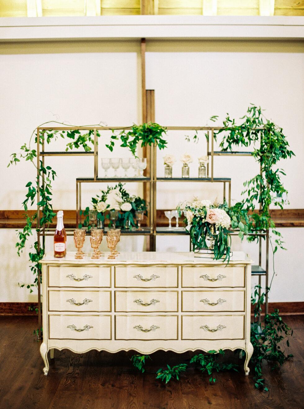 The-Prettiest-Pieces-Fall-Wedding-Winmock-North-Carolina-20