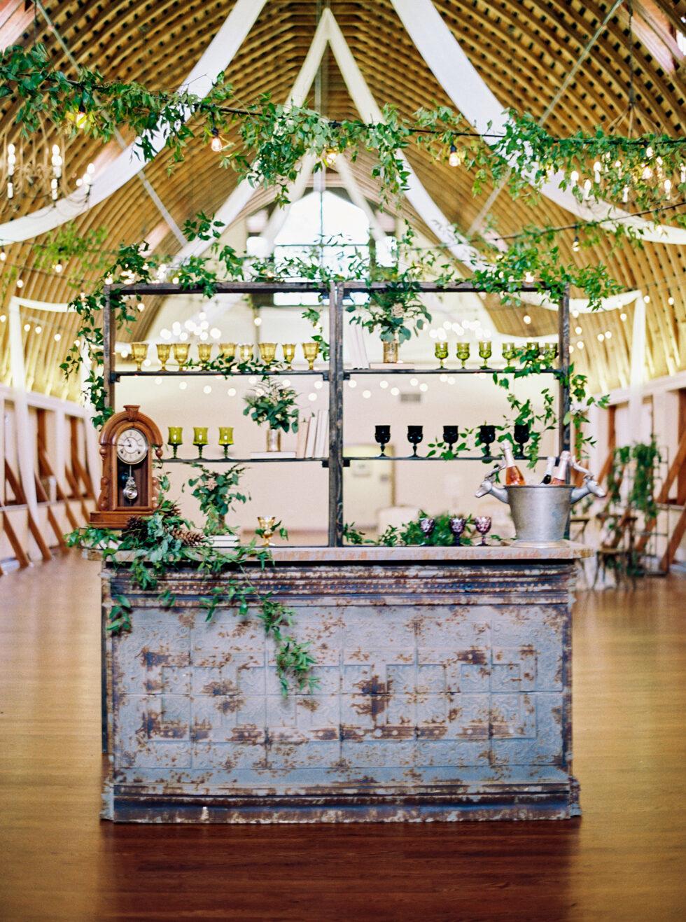 The-Prettiest-Pieces-Fall-Wedding-Winmock-North-Carolina-26