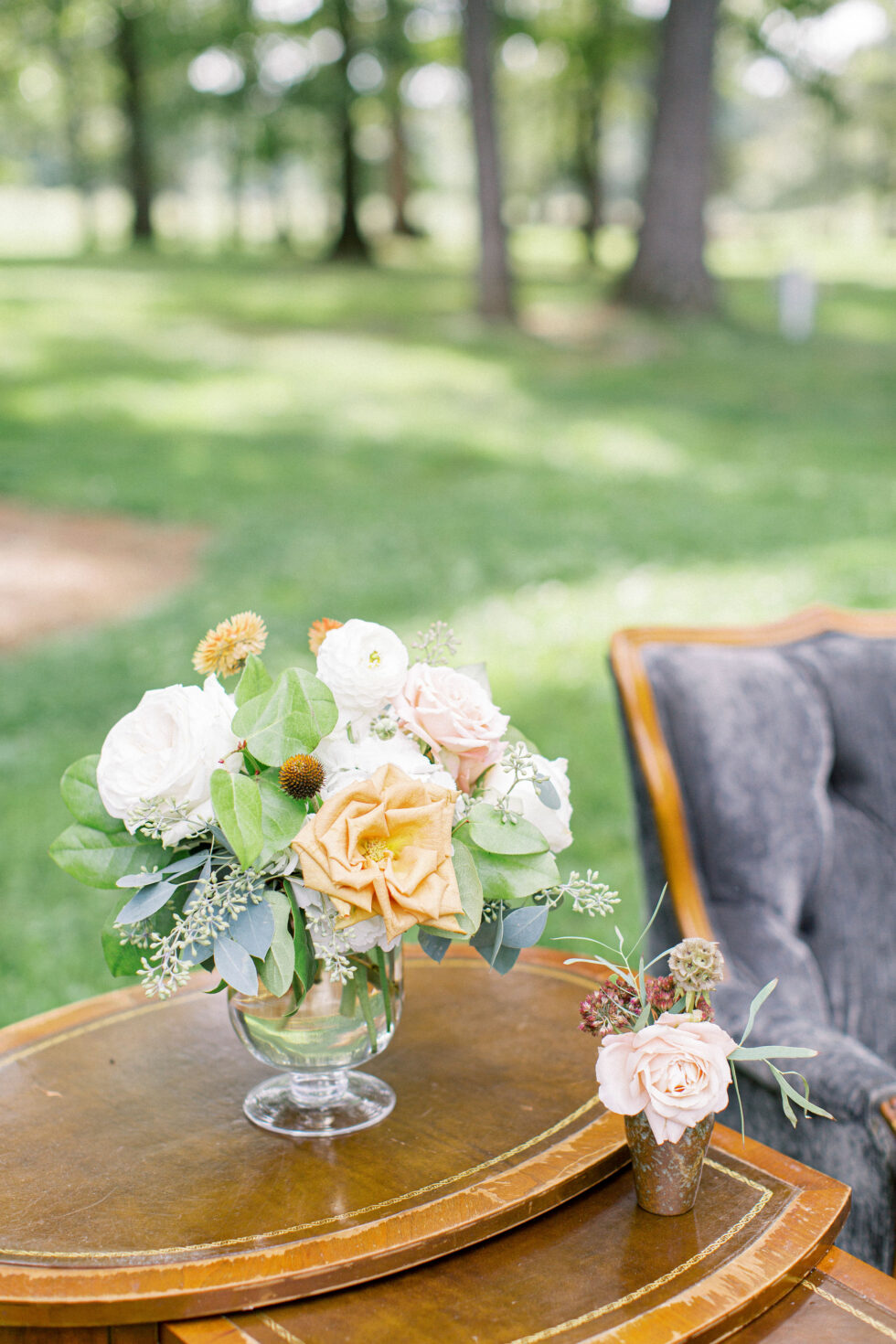The-Prettiest-Pieces-Outdoor-Fall-Wedding-Summerfield-Farms04