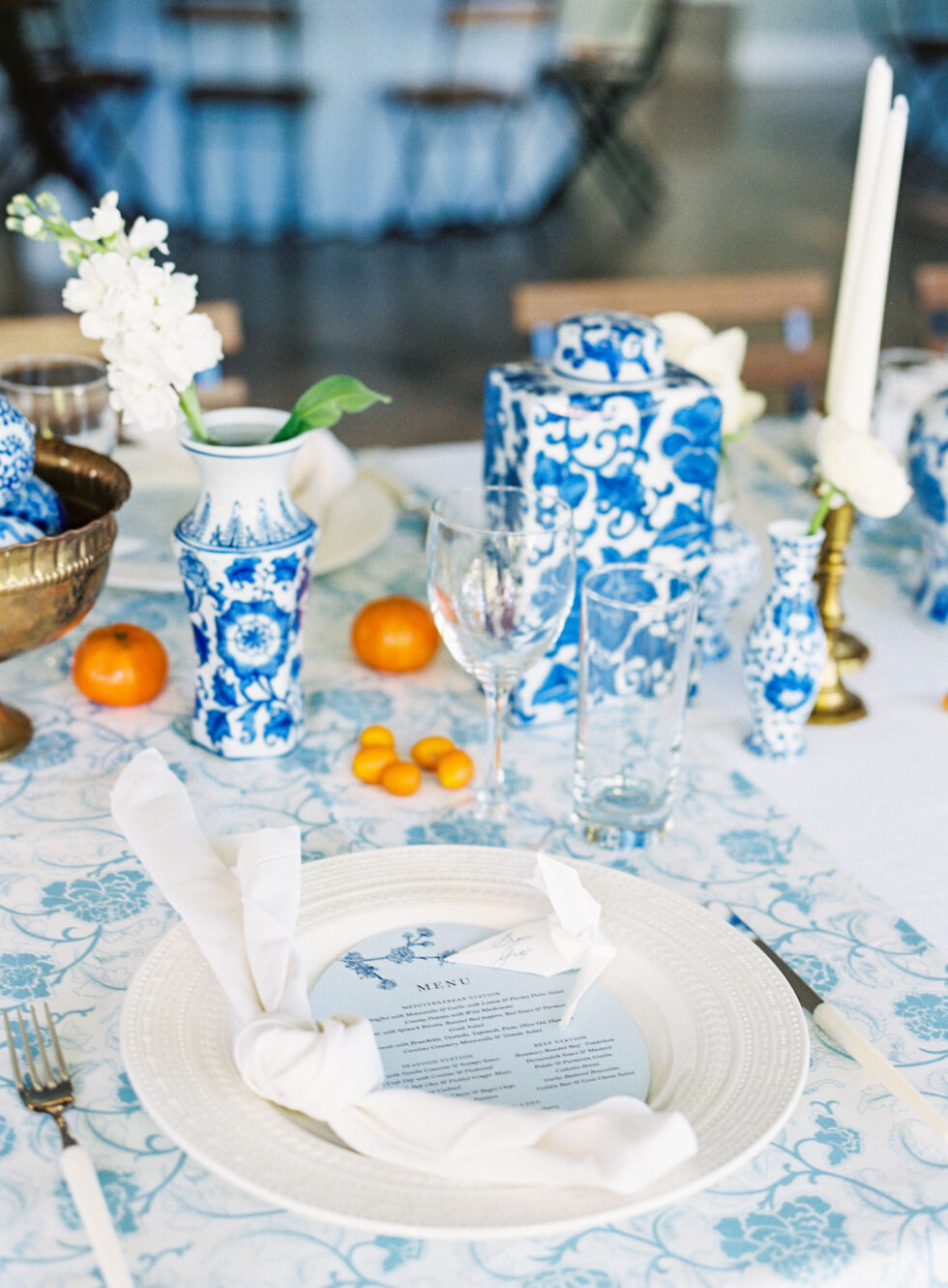 Chinoiserie-Chic-Wedding-The-Prettiest-Pieces-39