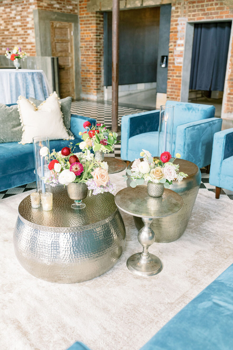 Colorful-Downtown-Wedding-at-Cadillac-Service-Garage-13